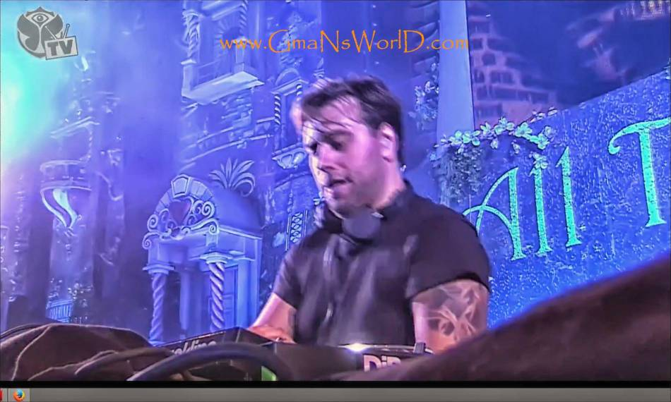 TomorrowWorld---Sebastian-Ingrosso-Rocking-the-Beat @GmaNsWorld.com